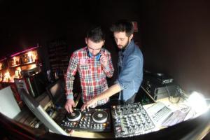 Lenju y Jss DJ